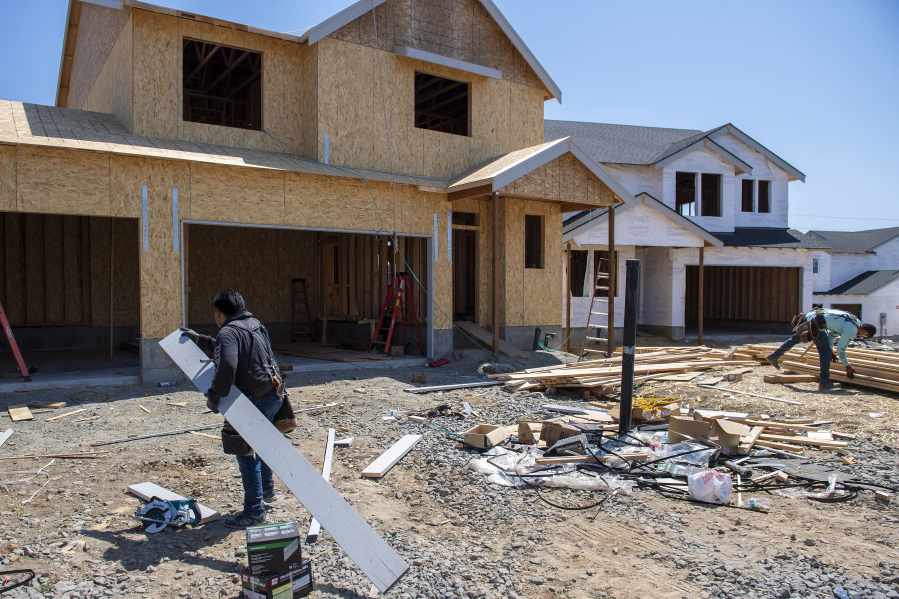 New homes are under construction at Kennedy Farm in Ridgefield .