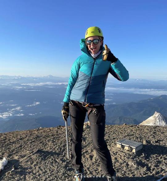 Actress Mandy Moore summits Mount Baker.
