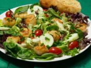 Seared scallops salad.