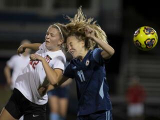 Camas girls soccer topples Hockinson, 3-1