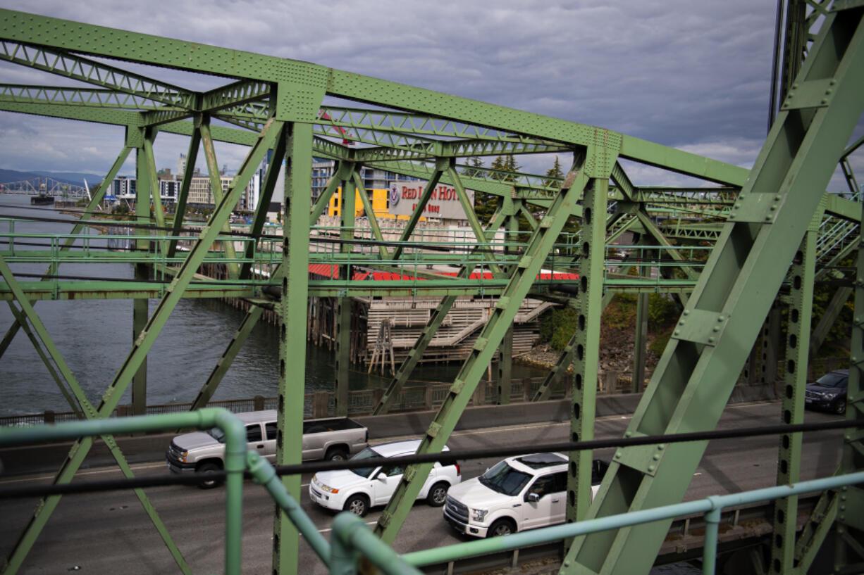 Motorists travel southbound on the Interstate 5 Bridge on Aug. 31.