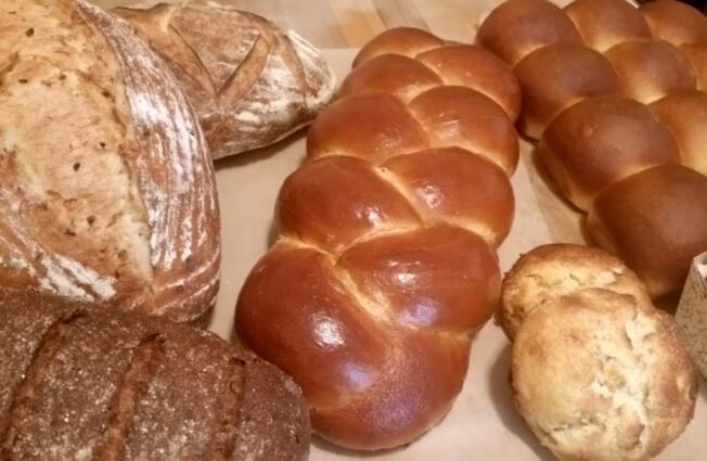 Bakerchic's sells sourdough bread, baguettes, cinnamon rolls, blueberry scones and other baked goods at the Ridgefield Farmers Market.