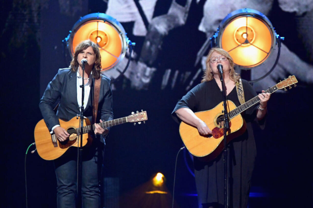 Musicians Amy Ray, left, and Emily Saliers of Indigo Girls perform April 7, 2017, at the 32nd Annual Rock & Roll Hall Of Fame Induction Ceremony at Barclays Center on in New York City.